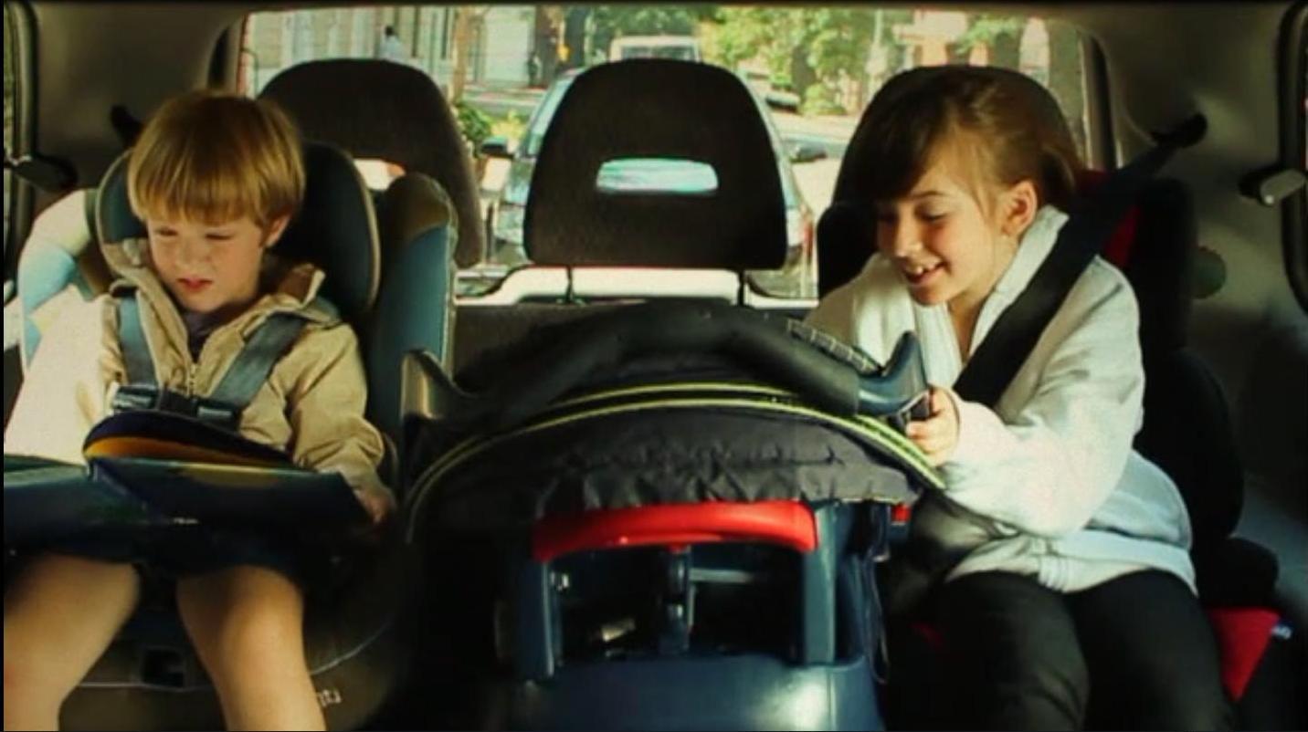 Ni os seguros dentro del autom vil contenidos por tema for Sillas para el auto para ninos 3 anos